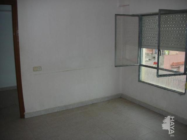 Piso en venta en Grupo 1º de Mayo, Nules, Castellón, Calle Sagrada Familia, 23.500 €, 3 habitaciones, 1 baño, 59 m2