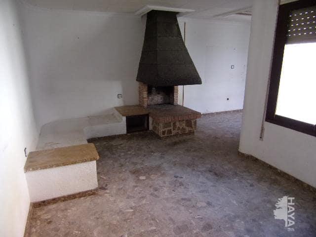 Piso en venta en San Rafael del Río, San Rafael del Río, Castellón, Calle de 28 de Novembre, 41.500 €, 3 habitaciones, 2 baños, 202 m2