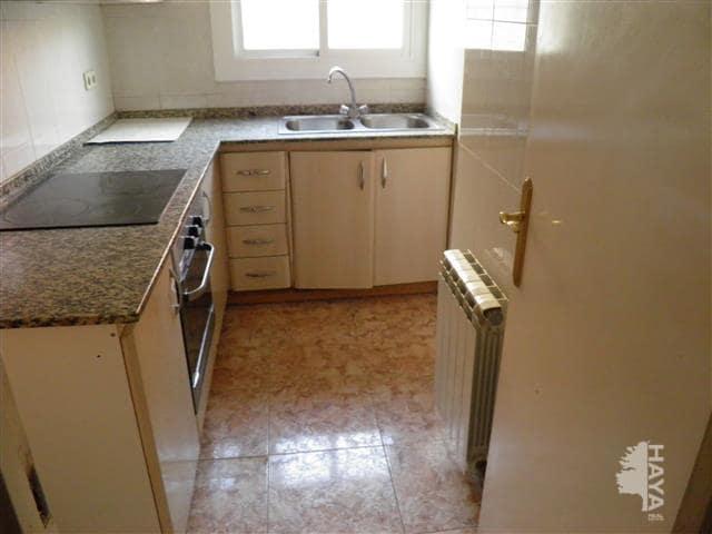 Piso en venta en Xalet del Robert, Torelló, Barcelona, Calle Colomer (el), 45.100 €, 3 habitaciones, 1 baño, 58 m2