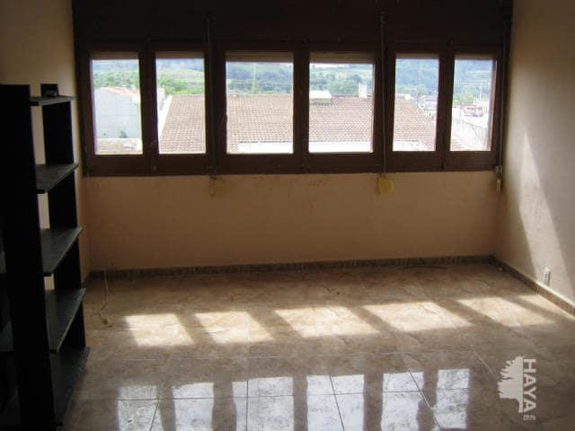 Piso en venta en Mas Brugal, Santa Margarida I Els Monjos, Barcelona, Calle Torres Picornell, 63.900 €, 4 habitaciones, 1 baño, 78 m2