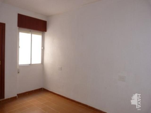 Piso en venta en Piso en Torrevieja, Alicante, 87.600 €, 2 habitaciones, 1 baño, 81 m2