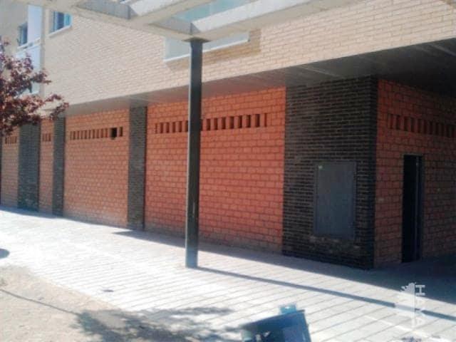 Local en venta en Oliver, Zaragoza, Zaragoza, Calle Carlos Oriz Garcia (miralbueno), 163.900 €, 195 m2