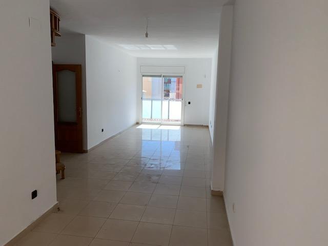 Piso en venta en Badalona, Barcelona, Calle Nou Cases, 316.200 €, 4 habitaciones, 2 baños, 102 m2