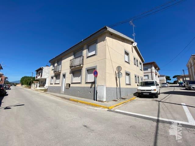 Piso en venta en Vidreres, Girona, Calle Tramontana, 73.800 €, 2 habitaciones, 1 baño, 51 m2