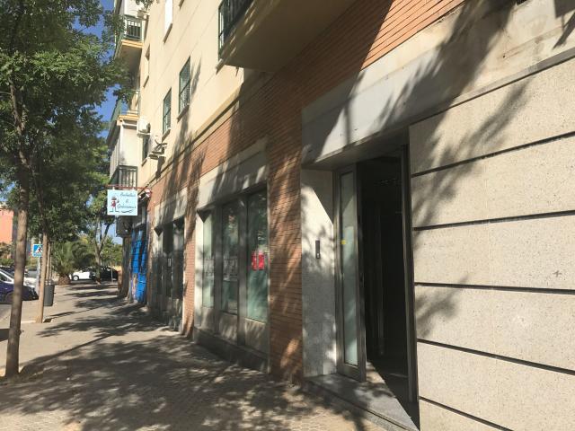Local en venta en Sevilla, Sevilla, Calle Japon, 304.710 €, 50 m2