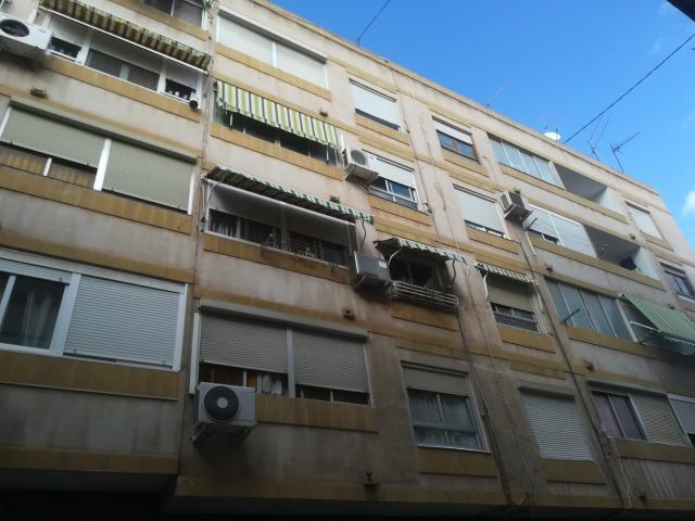 Piso en venta en Elda, Alicante, Calle Alcoy, 16.992 €, 3 habitaciones, 1 baño, 69 m2