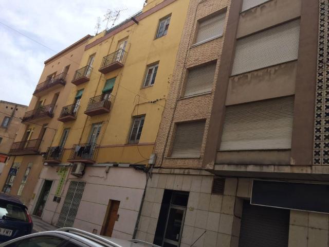 Piso en venta en Tortosa, Tarragona, Calle Dels Genovesos, 31.000 €, 3 habitaciones, 1 baño, 69 m2