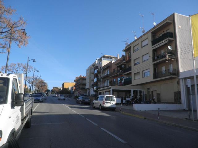 Piso en venta en Sant Feliu de Guíxols, Girona, Carretera Girona, 87.900 €, 3 habitaciones, 1 baño, 75 m2