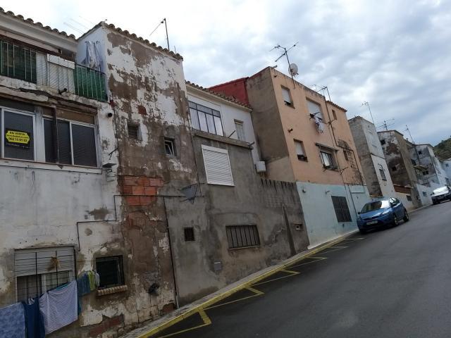 Piso en venta en Grupo Jesús Obrero, la Vall D`uixó, Castellón, Urbanización San Antonio, 30.000 €, 1 habitación, 1 baño, 78 m2