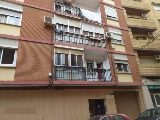 Piso en venta en Xirivella, Valencia, Calle San Antonio, 47.300 €, 1 baño, 93 m2