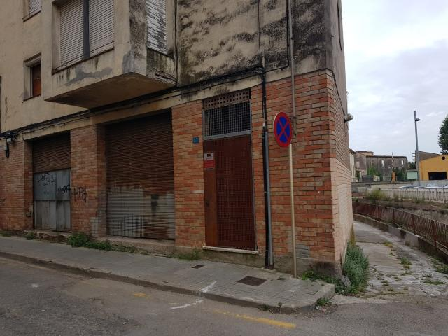 Piso en venta en Salt, Girona, Calle Juan de la Cierva, 56.973 €, 4 habitaciones, 1 baño, 93 m2
