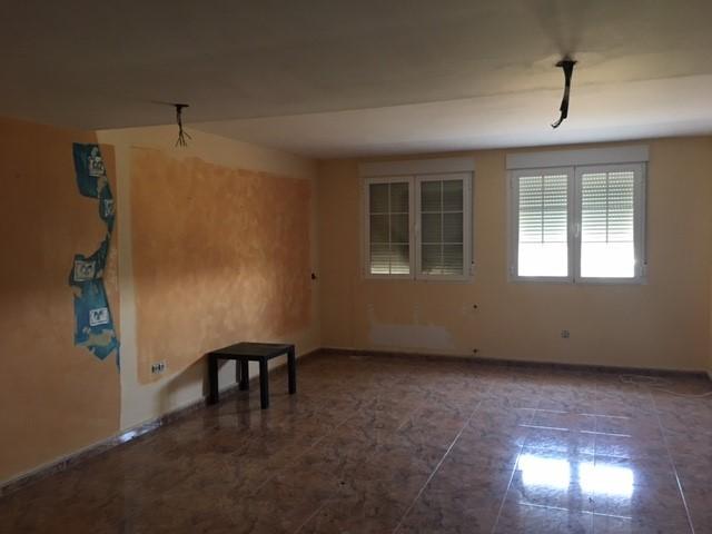 Casa en venta en Parque de la Castillas, Torrejón del Rey, Guadalajara, Calle Castillo de Benavente, 167.500 €, 4 habitaciones, 4 baños, 233 m2