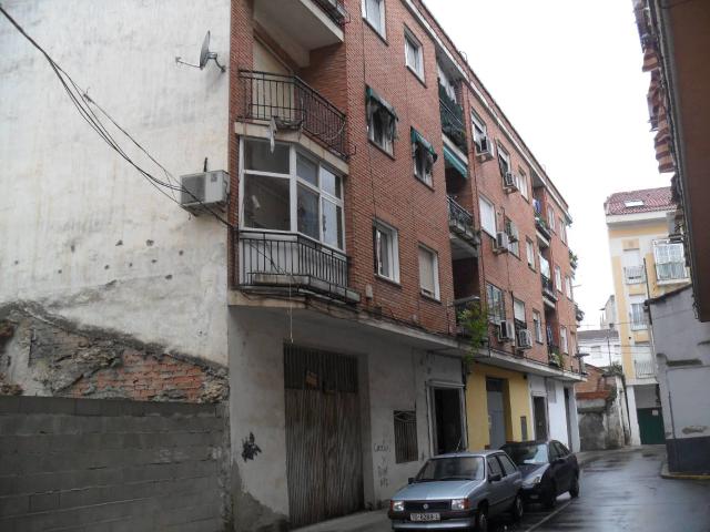 Piso en venta en Barrio de Santa Maria, Talavera de la Reina, Toledo, Calle Alba, 47.457 €, 3 habitaciones, 1 baño, 104 m2