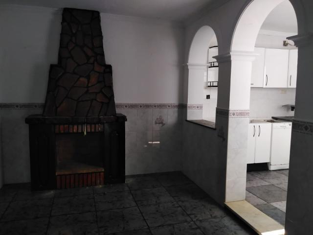 Casa en venta en Barriada  20 Viviendas, Puerto Serrano, Cádiz, Calle Magdalena, 74.800 €, 3 habitaciones, 2 baños, 150 m2