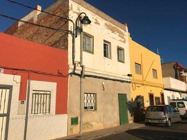 Casa en venta en Barrio del Cristo, Aldaia, Valencia, Calle Albufera, 65.000 €, 1 habitación, 2 baños, 143 m2