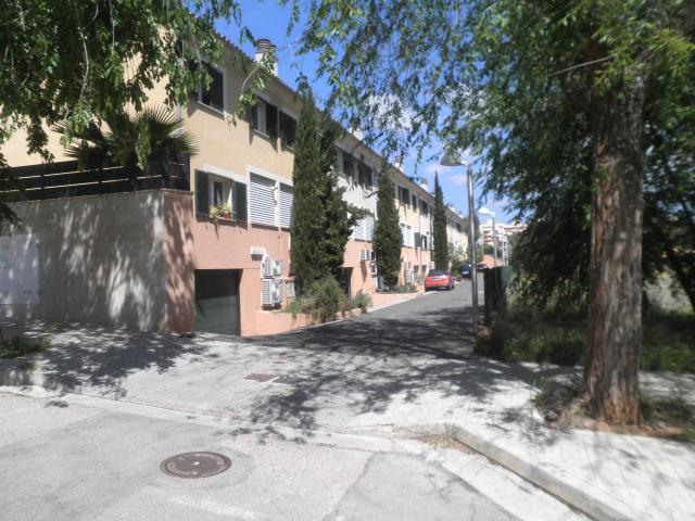 Casa en venta en La Vileta, Palma de Mallorca, Baleares, Calle Avet, 439.000 €, 4 habitaciones, 3 baños, 215 m2