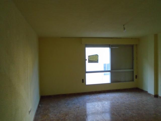 Piso en venta en Virgen de Gracia, Vila-real, Castellón, Pasaje Cinctorres, 30.185 €, 2 baños, 105 m2
