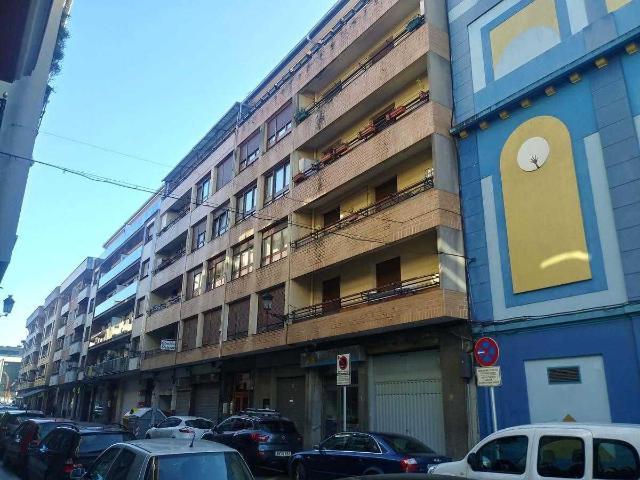 Piso en venta en Jauregizahar, Amorebieta-etxano, Vizcaya, Calle Jose Gregorio Mendibil, 217.600 €, 5 habitaciones, 132 m2