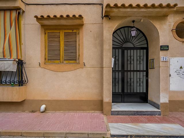Piso en venta en La Mata, Torrevieja, Alicante, Calle los Emilios, 51.000 €, 44 m2