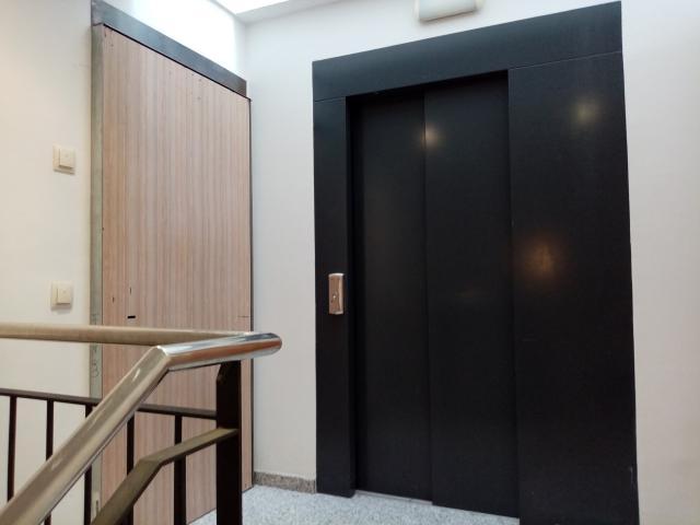 Piso en venta en Malgrat de Mar, Malgrat de Mar, Barcelona, Calle Mossen Cinto Verdaguer, 221.000 €, 3 habitaciones, 3 baños, 181 m2