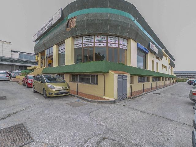 Local en alquiler en Málaga, Málaga, Calle Comandante Garcia Morato, 62.500 €, 64 m2