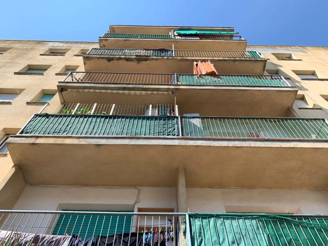 Piso en venta en Salt, Girona, Calle Manuel de Falla, 64.920 €, 3 habitaciones, 1 baño, 85 m2