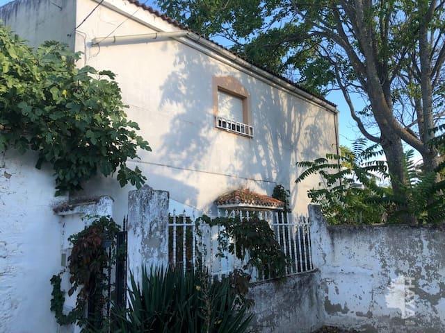 Casa en venta en Santa Elena, Santa Elena, Jaén, Calle Severo Ochoa, 51.600 €, 3 habitaciones, 2 baños, 166 m2