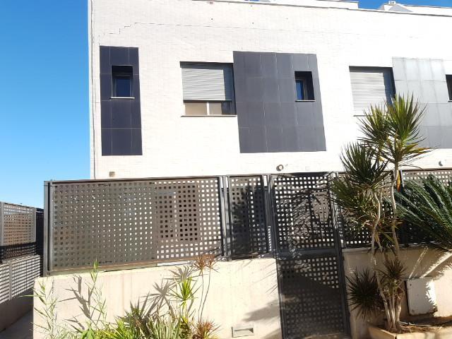 Casa en venta en El Mojón, Pilar de la Horadada, Alicante, Calle Atila, 150.000 €, 97 m2