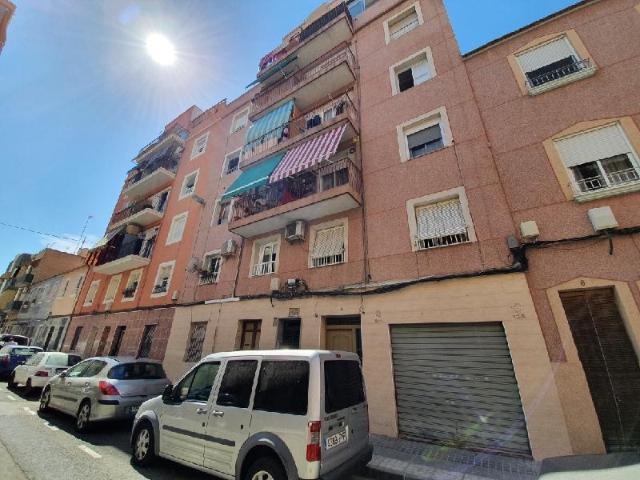 Piso en venta en Elche/elx, Alicante, Calle Arturo Salvetti Pardo, 44.600 €, 3 habitaciones, 1 baño, 100 m2