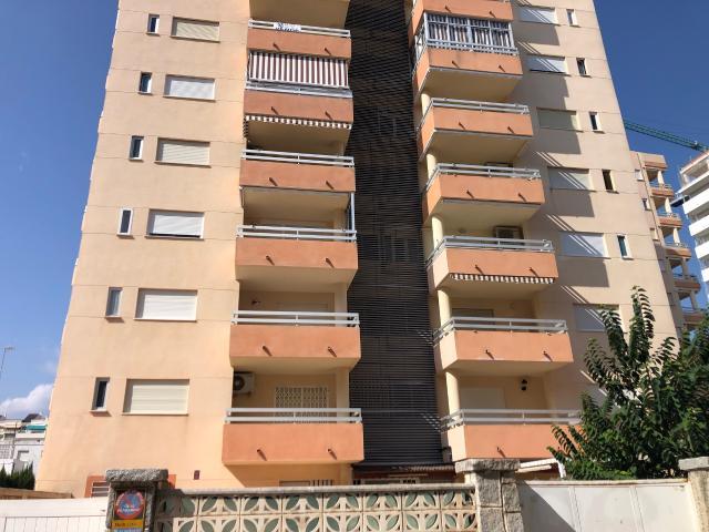 Piso en venta en Gandia, Valencia, Calle Atlantico, 168.000 €, 4 habitaciones, 2 baños, 140 m2