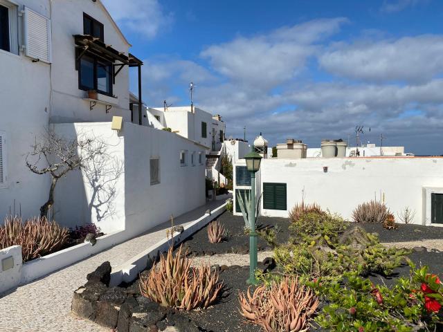 Piso en venta en Teguise, Las Palmas, Calle Canela, 100.000 €, 1 habitación, 1 baño, 60 m2