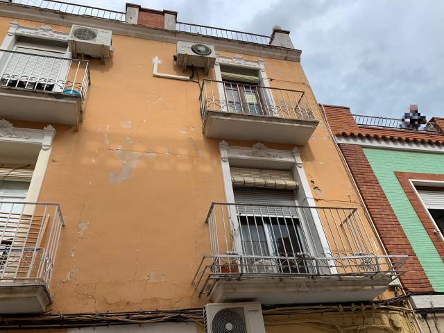 Piso en venta en Alzira, Valencia, Calle Cervantes, 26.800 €, 3 habitaciones, 1 baño, 67 m2
