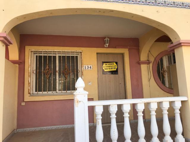 Casa en venta en Orihuela, Alicante, Urbanización Fluorita, 91.500 €, 2 habitaciones, 1 baño, 83 m2