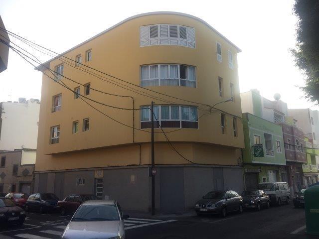 Piso en venta en Santa Lucía de Tirajana, Las Palmas, Calle Islas Malvinas, 82.800 €, 2 habitaciones, 1 baño, 67 m2