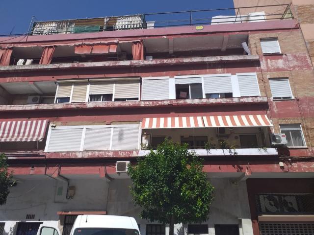 Piso en venta en Huelva, Huelva, Calle Maestra Aurora Romero, 125.000 €, 4 habitaciones, 2 baños, 157 m2