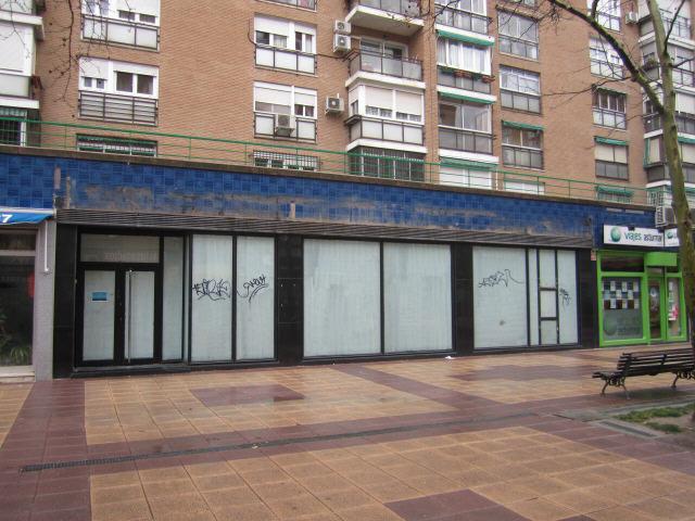 Local en venta en Madrid, Madrid, Calle Virgen de la Viñas, 337.500 €, 53 m2