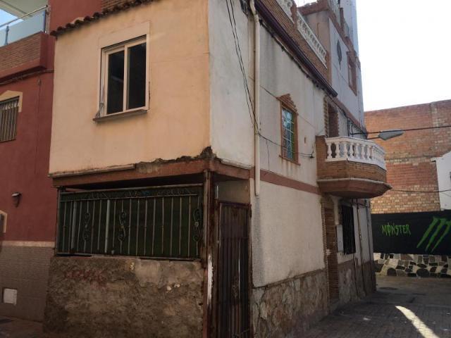 Casa en venta en Granada, Granada, Calle Melchor de Guevara, 51.500 €, 3 habitaciones, 1 baño, 102 m2