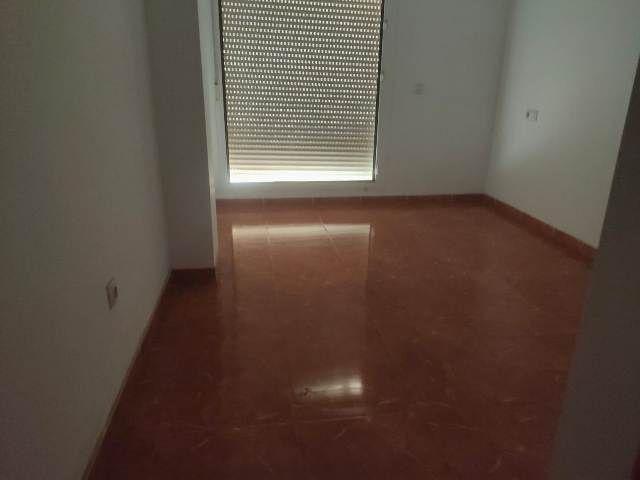 Piso en venta en Santa María del Águila, El Ejido, Almería, Calle Columbretes, 40.000 €, 2 habitaciones, 2 baños, 75,74 m2