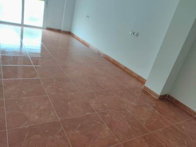 Piso en venta en Santa María del Águila, El Ejido, Almería, Calle Columbretes, 40.000 €, 3 habitaciones, 2 baños, 78,108 m2