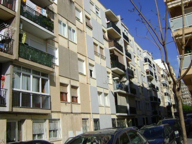 Piso en venta en Reus, Tarragona, Calle Banys, 56.100 €, 2 habitaciones, 2 baños, 83 m2