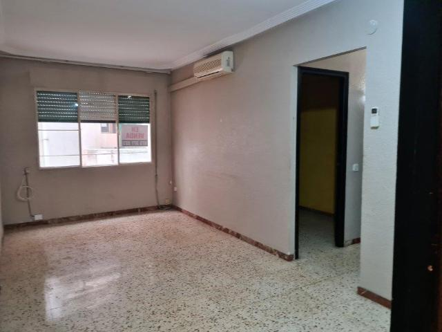 Piso en venta en Amposta, Tarragona, Calle Barcelona, 57.500 €, 3 habitaciones, 1 baño, 78 m2