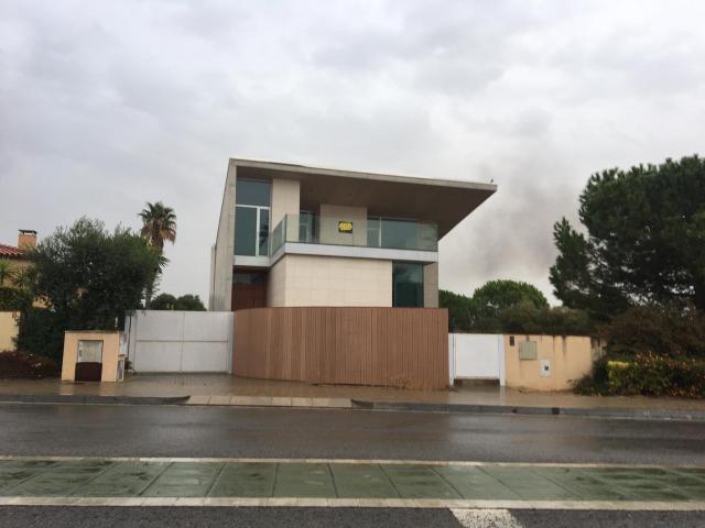 Piso en venta en Esquibien, Reus, Tarragona, Calle Garrofers, 760.000 €, 312 m2