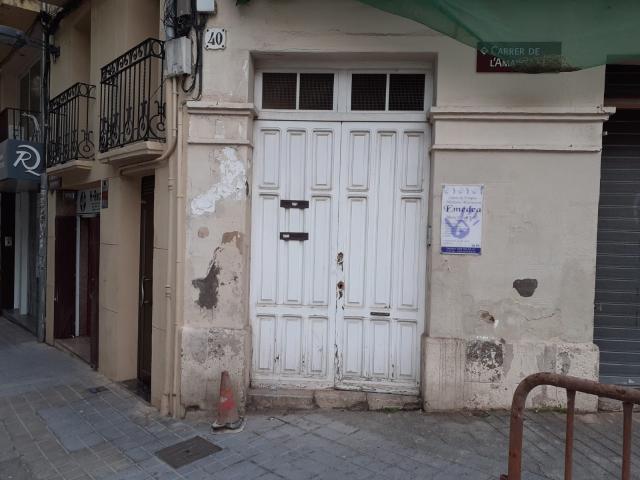 Piso en venta en Reus, Tarragona, Calle Santa Anna, 49.000 €, 3 habitaciones, 70 m2