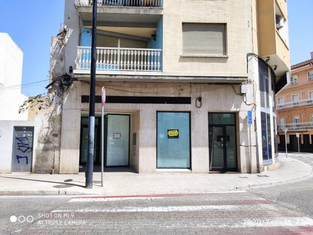Local en venta en Gandia, Valencia, Calle San Vicente Ferrer, 130.500 €, 175 m2