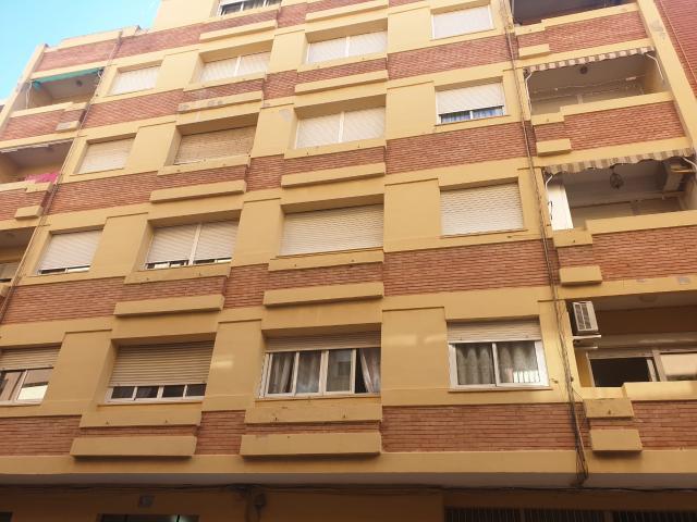 Piso en venta en Sagunto/sagunt, Valencia, Calle Roma, 75.650 €, 3 habitaciones, 115 m2
