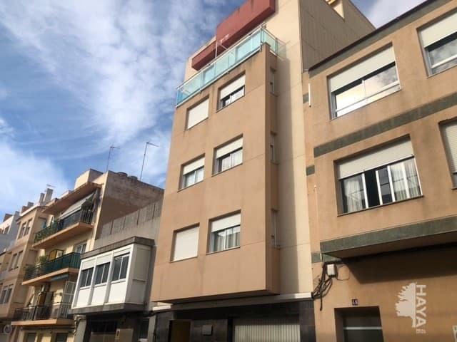 Piso en venta en Vinaròs, Castellón, Calle San Blas, 64.800 €, 2 habitaciones, 2 baños, 69 m2