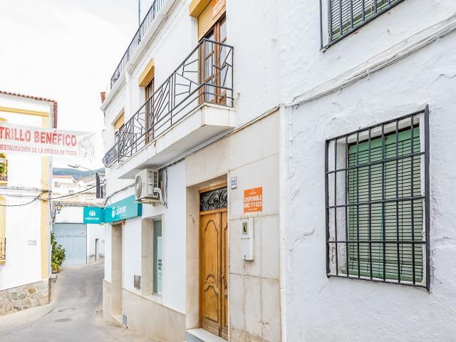 Piso en venta en Ohanes, Ohanes, Almería, Calle Mengemor, 46.000 €, 4 habitaciones, 1 baño, 100 m2