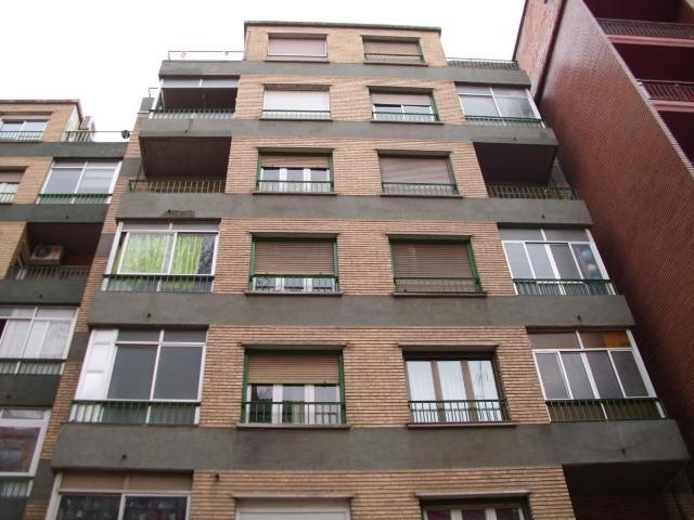 Piso en venta en La Jota, Zaragoza, Zaragoza, Calle Molino de la Armas, 100.000 €, 3 habitaciones, 1 baño, 98 m2