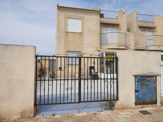 Piso en venta en La Mata, Torrevieja, Alicante, Calle Rodrigo, 62.000 €, 2 habitaciones, 56 m2