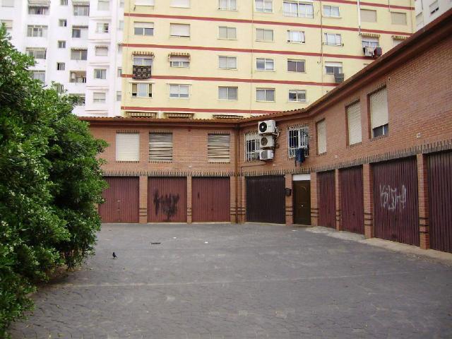 Local en venta en Gandia, Valencia, Calle Benicanena, 103.919 €, 178 m2